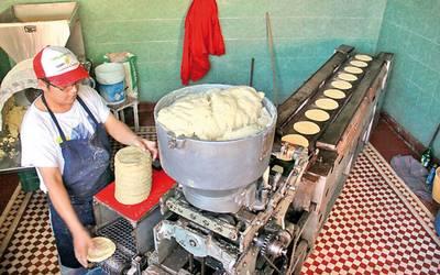 Industriales quieren subir precio de la tortilla… pero no se
