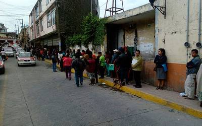 Abarrotan Rezagados El Ine De Poza Rica Diario De Xalapa