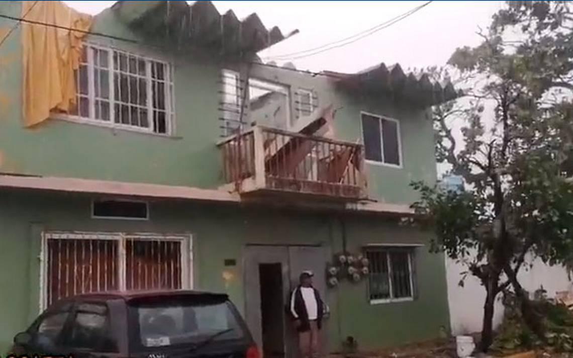 Frente fr o deja casas inundadas y sin techo en for Casa minimalista en valladolid yucatan