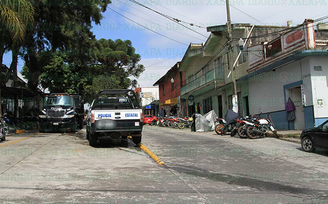 Antes que parquímetros que se arreglen las calles de Xalapa, plantea cronista de la ciudad - Diario de Xalapa